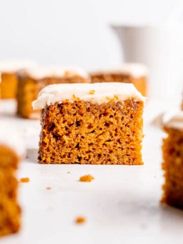 cropped-spiced-carrot-cake-11.jpg
